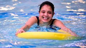 Tips to help overcome a fear of swimming