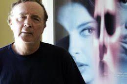 Der Thrillerautor James Patterson hat als erster Schriftsteller mehr als ... - 258929