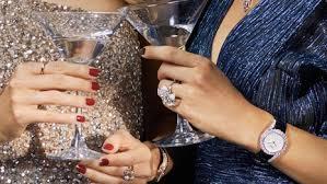 Introducing <b>Luxury</b> Women to <b>Watch 2021</b>