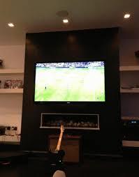 Znalezione obrazy dla zapytania oglądanie meczu w domu