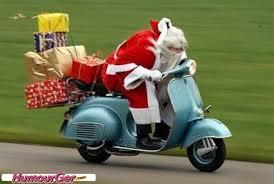 Photos droles ou cocasse du Père Noel - spécial fin d'année 2014 .... Images?q=tbn:ANd9GcQ_1rMOtkRkcfNExclJej0PHHY1x6aDkTCfmZSEGEk9bdx8N_KE