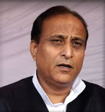 Samajwadi Party chief Mulayam Singh Yadav reprimanded Azam Khan in front of his Cabinet colleagues in a meeting of the 10-member 'harmony committee'. - Azam_Khan