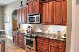 modern kitchen cabinet hardware traditional: kitchen cabinet hardware how traditional cabinet hardware can