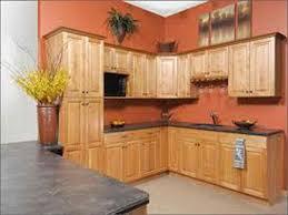 wall color ideas oak: best kitchen paint colors with honey oak cabinets