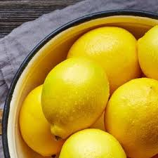 10 Uses for <b>Lemon Essential Oil</b> - MightyNest