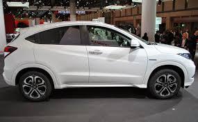 HONDA HRV 1.8 AGUSTUS 2017 penjualan mobil ini enguasai pangsa pasar Medium SUV / Cross Over