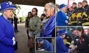 Queen and Prince William visit Grenfell Tower survivors   Daily Mail ...