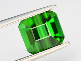 Top Grade 3.50 ct Natural <b>Green Color Tourmaline</b>
