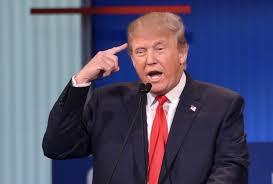 فلوريدا - دونالد ترامب: يقودنا أشخاص أغبياء !