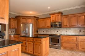 Honey Maple Kitchen Cabinets Ubatuba Granite Countertops With Maple Cabinets Google Search