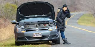 The <b>Best</b> Gear for a <b>Roadside Emergency</b>: Reviews by Wirecutter