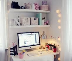 40 floppy but refined boho chic home office designs_14 chic office desk