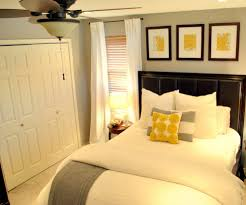 guest bedroom green accents