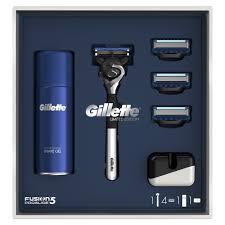 <b>Подарочные наборы</b> косметики и парфюмерии <b>Gillette</b> - купить ...