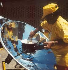 Resultado de imagem para fogão solar parabólico