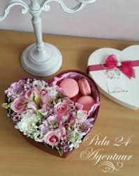 Цветы, Подарки и Подарочные <b>коробки</b>