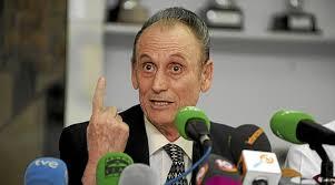 El juez Rogelio Reyes rechaza la petición de la Fiscalía de que las acciones vuelvan a Lopera y ha acordado que permanezcan controladas por el administrador ... - 1362156025_extras_noticia_foton_7_1