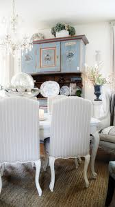 how charming pernk dining room