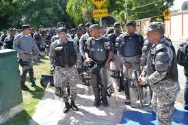 Resultado de imagen para PN lanzará a 8,000 agentes en diciembre a las calles