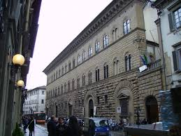 palazzo della cancelleria roma cortile courtyard built 1489 palazzo medici riccardi façade michelozzo 1445 1460 via camillo cavour