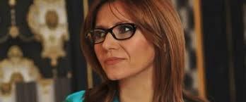 ... la spitalul de oftalmologie Liliana Marin şi-a deschis propriul business, axat pe optica medicală, dublat de montarea şi vânzarea ramelor de ochelari. - liliana-marin-medical-optik-lounge_article-main-image