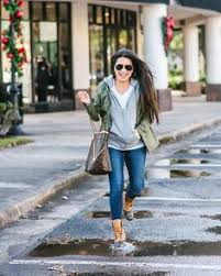 Boyfriend Jeans + Yellow <b>Sweater</b> | <b>Fall</b> & <b>Winter</b> Fashion ...