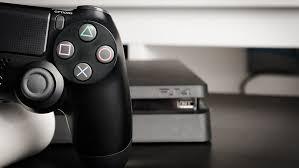 В России началась распродажа <b>приставок Sony</b> PlayStation 4 и ...