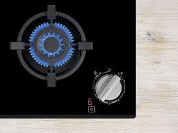 Новые <b>газовые варочные панели</b> с технологией FlameSelect