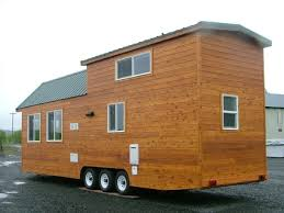 Rich the Cabin Man    s Extra Long Tiny House on Wheelsrich the cabin mans spacious tiny house
