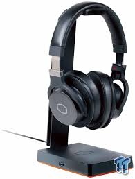 <b>Cooler Master</b> GS750 Gaming RGB <b>Headset</b> Stand Review