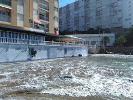 Resultado de imagen de fotos del temporal en las playas de Cullera