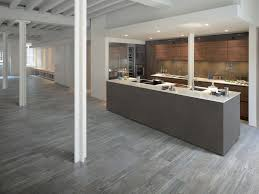 Restaurant Kitchen Floor Tile Tile That Looks Like Wood Larix