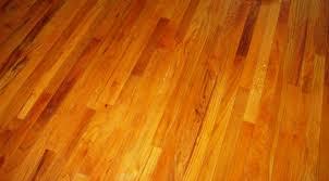 Sàn gỗ Căm xe là sàn gỗ tự nhiên hay phải bảo hành vấn đề về độ ẩm