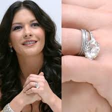 Catherine Zeta-Jones engagement ring from Michael Douglas