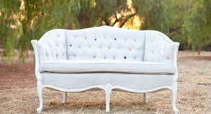 Resultado de imagem para sofá vintage