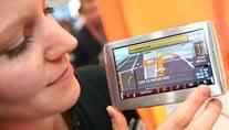 (Foto: <b>Katja Lenz</b>, t-online.de)Teure Navigationssysteme waren gestern. - navigationssysteme-entspiegelte-displays-bieten-vorteile-bei-starkem-lichteinfall-foto-katja-lenz-t-online-de-