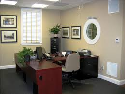 professional office decor ideas home designs inside ideas for decorating office at work business office decorating themes home
