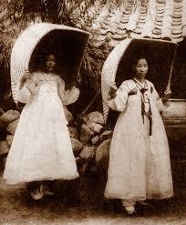 Old Korea , asa cum nu va asteptati ! Images?q=tbn:ANd9GcQf67wKc0W3-0KjBMUb2t-ShhtVM4J4UkWBOXA3tg_WTh1gmPMU