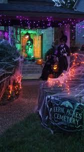 ideas outdoor halloween pinterest decorations: best outdoor halloween decorations displays  best outdoor halloween decorations displays