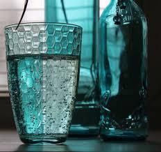 <b>Стакан Pasabahce Enjoy Loft</b> и минеральная вода   Минеральная ...