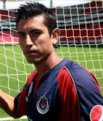 Asegura Alberto Medina que en Chivas tienen confianza en conseguir el pase a la Final en C.U. - alberto-medina-300x350