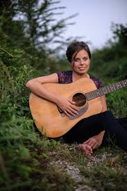 WN   female singer songwriters of