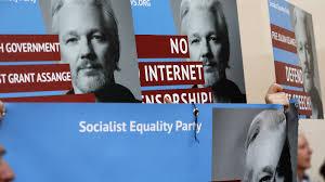 <b>WikiLeaks</b>' <b>Julian Assange</b> Begins A Battle To Fight Extradition To ...