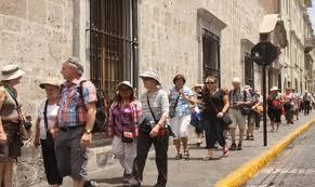 Resultado de imagen para fotos de turistas