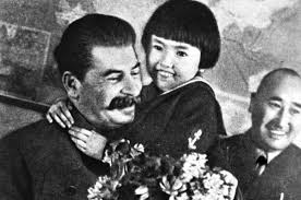Девочка и <b>вождь</b>. <b>Фото</b> со Сталиным не спасло семью ...