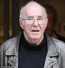 Clive James is suffering from Leukamia, it has been revealed - article-1382299-0BDA390800000578-8_468x487
