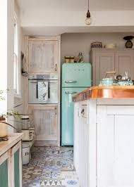 Shabby Chic Colors For Kitchen : Cool shabby chic decorating ideas shelterness