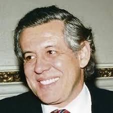 """Francisco Miro Quesada Rada. El premio Nobel de Literatura Mario Vargas Llosa ha decidido no seguir publicando en El Comercio su columna quincenal """"Piedra ... - 20110601-Francisco%2520Miro%2520Quesada%2520Rada"""