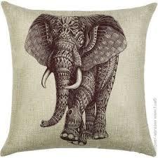 <b>Подушка</b> Berni <b>Indian</b> Elephant <b>декоративная 45 х 45</b> см Бежевая