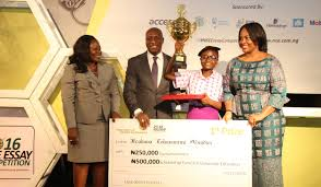 ifeoluwa abiodun emerges winner of the nse essay competition 2016 nse essay competition award pix a jpg